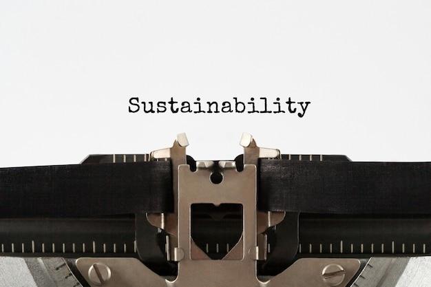 レトロなタイプライター、コンセプトで入力されたテキストの持続可能性