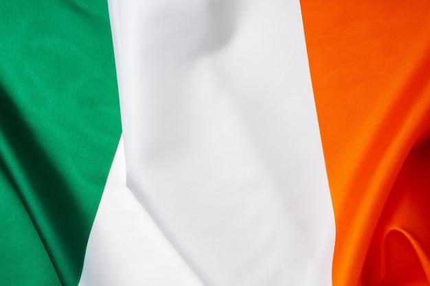 아일랜드의 섬유 국기 사진을 닫습니다.