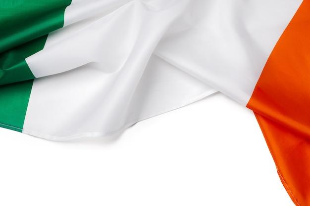 Текстильный национальный флаг ирландии крупным планом