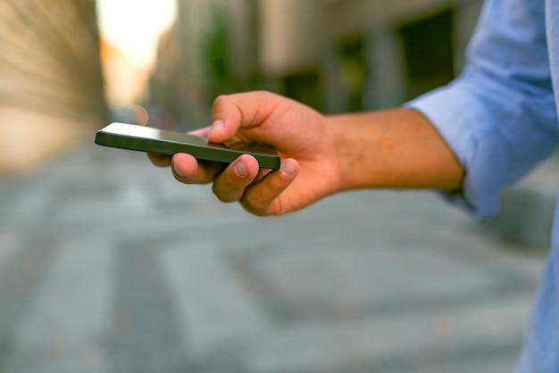 テキストメッセージ - 重要な人々に連絡するためのより速い方法