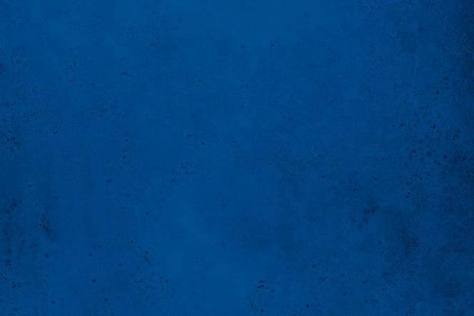 클래식 블루에서 오래 된 콘크리트 벽의 질감