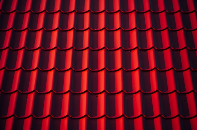 The texture of the roof.