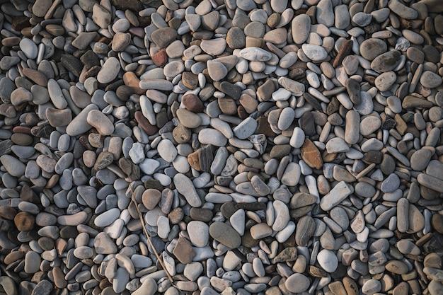 Текстуры камней разного размера на берегу моря