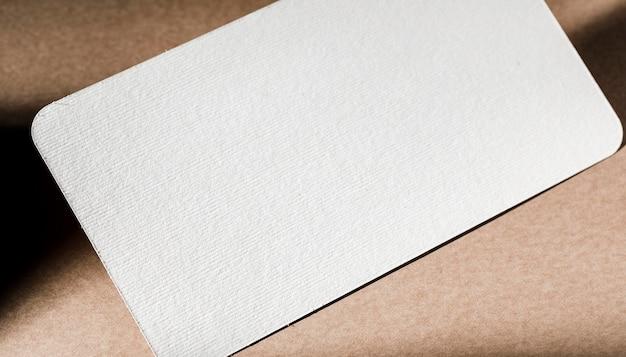 흰색 골 판지 브랜딩 클로즈업 질감