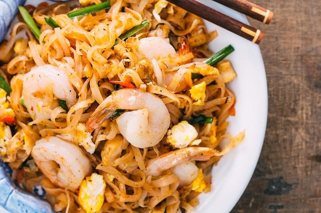 Thai food padthai hot in pan