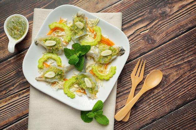 태국 음식, 매운 생선 소스에 새우