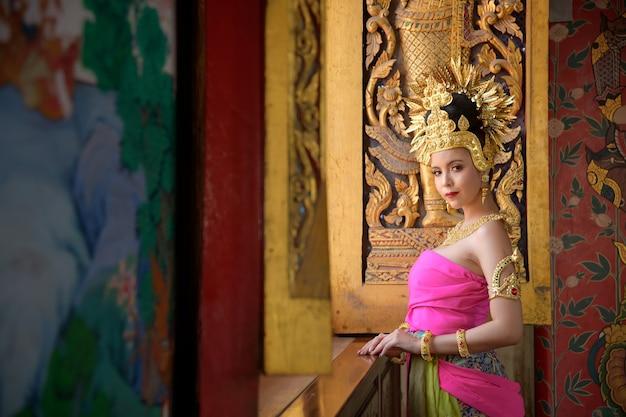 태국 아유타야에서 열리는 타이 콘 쇼