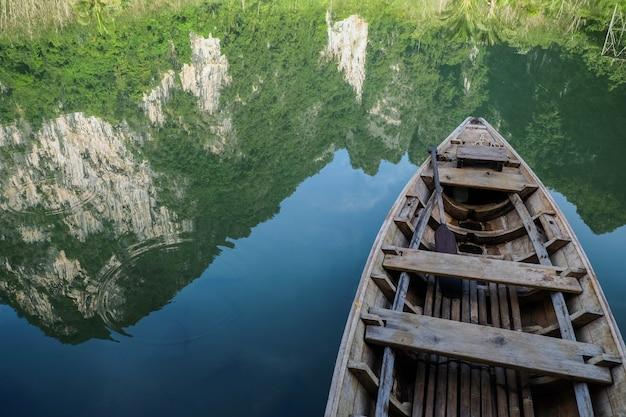 Тайская местная лодка