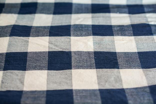 あらゆる背景のためのタイのふんどし白青の正方形のパターン。