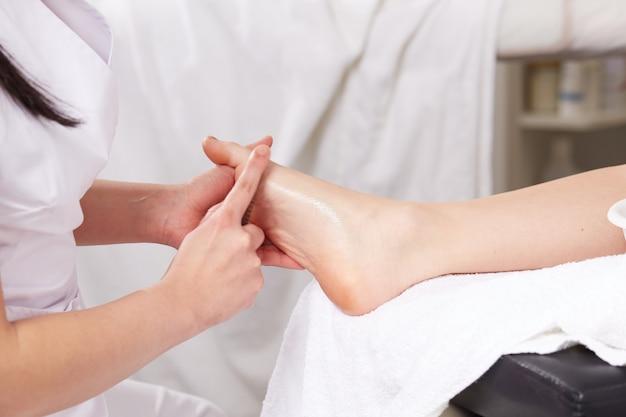 Thai massage at wellness club