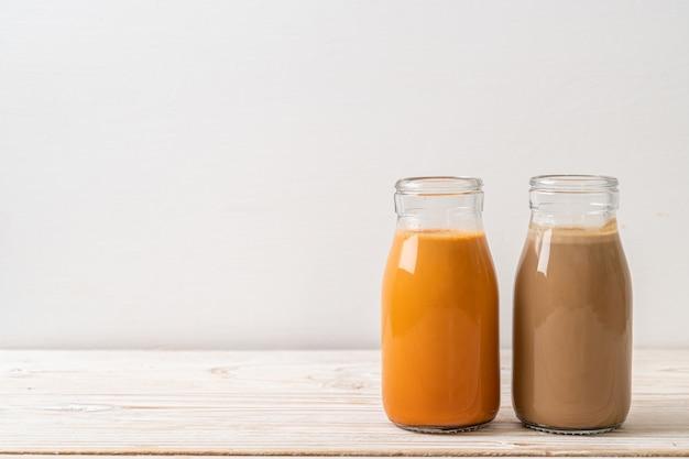 Тайский чай с молоком и кофе с молоком в бутылке