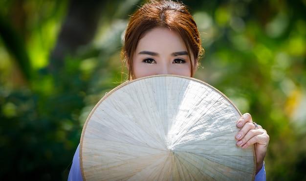 Thai models in vietnamese uniform