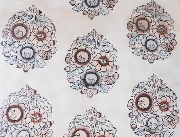 寺院のシームレスなタイのパターン、磁器、陶磁器、セラミックタイル、天井のデザイン、テクスチャ、壁の青と白のモダンな形のタイのパターンの壁紙文化アートの背景