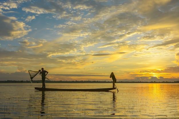 タイの伝統的な生活様式とタイでの釣り