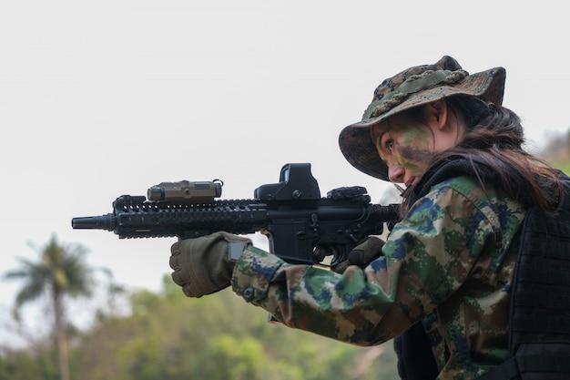 軍事作戦中のタイ陸軍レンジャー