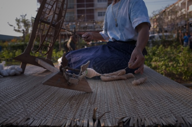 Thailand old style cotton yarn spinning