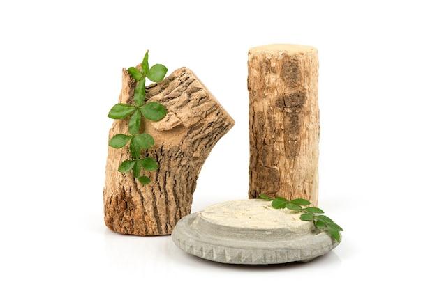 タナカ、木材、緑の葉と粉末が分離されました。