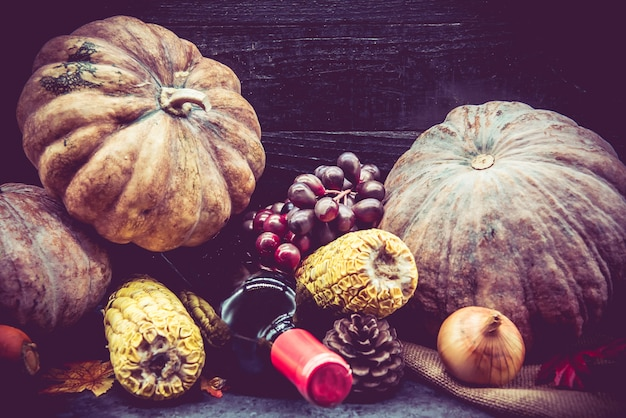 パーティーの感謝祭と秋のシーズン