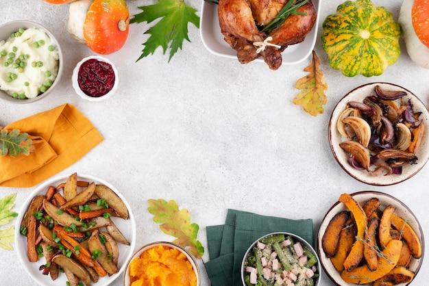 コピースペース付きの感謝祭の日の食事