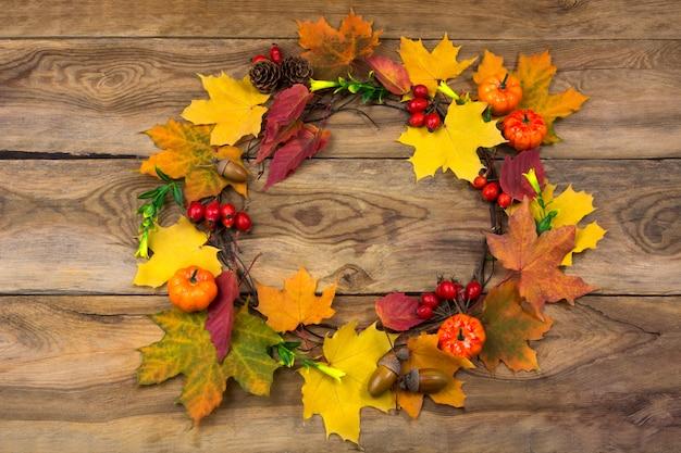 カボチャと葉の感謝祭ドアリース