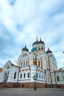알렉산더 네프 스키 대성당 (에스토니아 탈린). 1894 년과 1900 년 사이에 지어졌습니다. 디자인 : mikhail preobrazhensky
