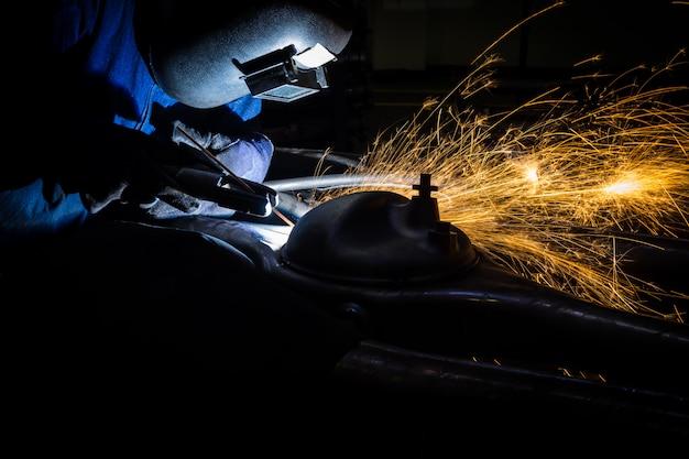 タイの自動車部品溶接業界