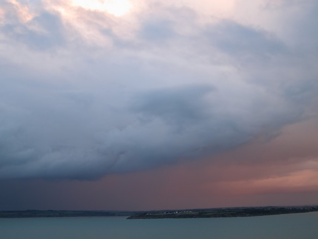 プレランのポワントデュロゼリエから見たサンブリュー湾
