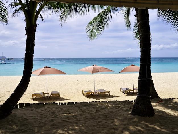 보라카이 섬, 필리핀의 해변