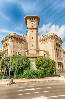 Lycee massena의 아름다운 건축물, 니스 시내 중심가의 상징적 인 건물, cote d' azur, france