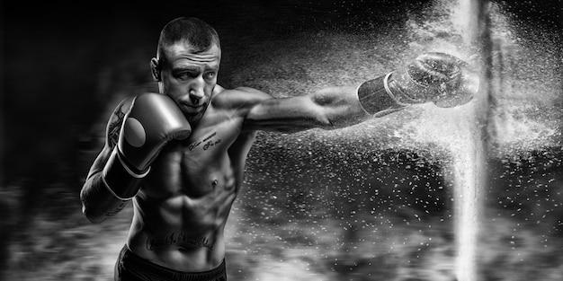 ボクサーが壁にぶつかった。ボクシングのコンセプト。ミクストメディア