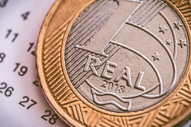 マクロ写真で1本のブラジルのコイン