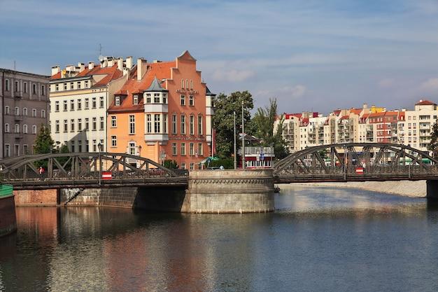 폴란드 브로츠와프 시의 다리
