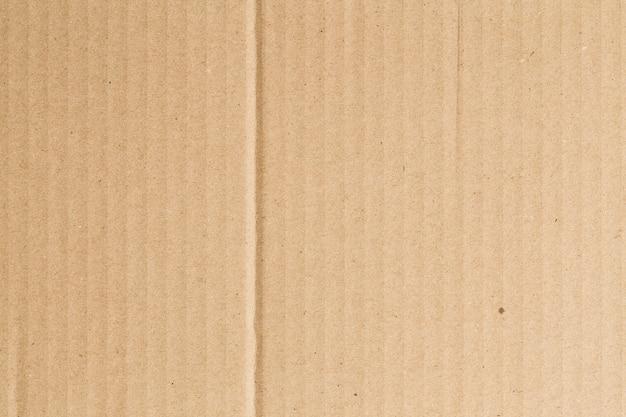갈색 종이 상자 배경에 주름이 있습니다.