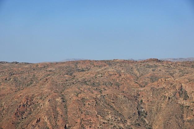 アシール地方の峡谷、サウジアラビアの視点からの眺め