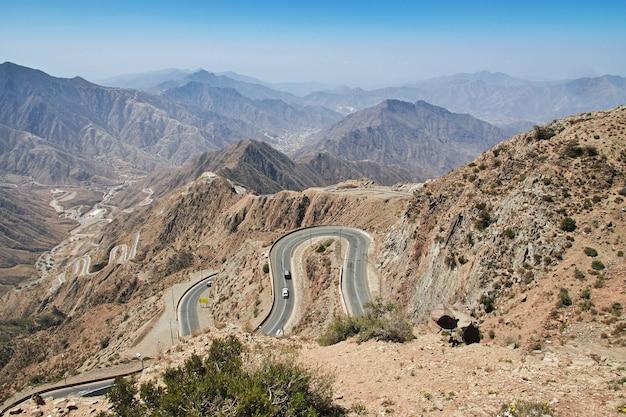 アシール地域の峡谷、視点からの眺め、サウジアラビア