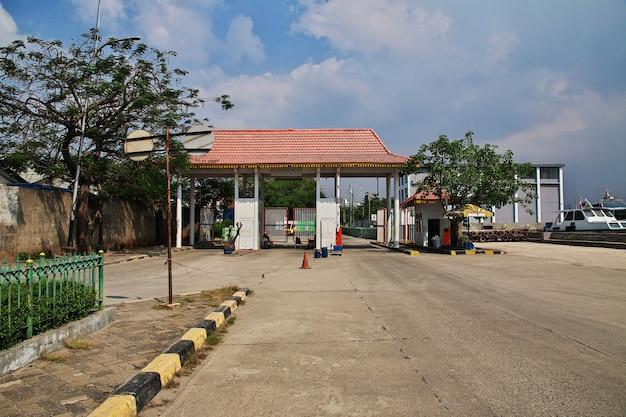 인도네시아 자카르타의 화물 항구