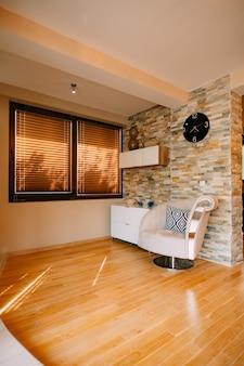 Кресло в квартире дизайн интерьера квартиры