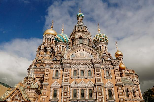 Храм спаса-на-крови на закате, санкт-петербург, россия