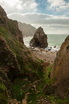 ポルトガル、ロカ岬の崖