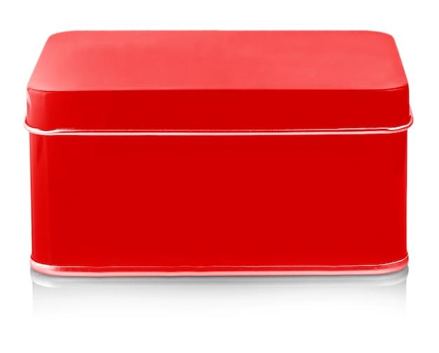 白い背景に閉じた空の赤い金属ボックスのクローズ アップ izolated