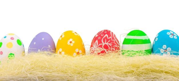 다채로운 페인트 부활절 달걀 절연