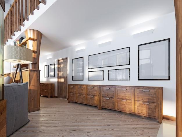 벽에 나무 판넬과 그림이있는 로프트 스타일의 복도