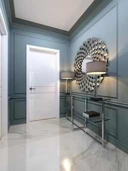Коридор в квартире с современной металлической консолью со стеклянными полками и люминесцентными лампами.