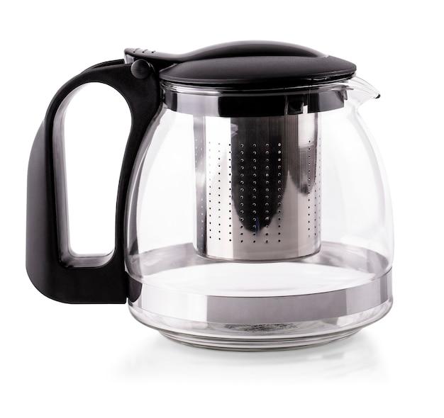 Чайник пустой стакан на белом фоне