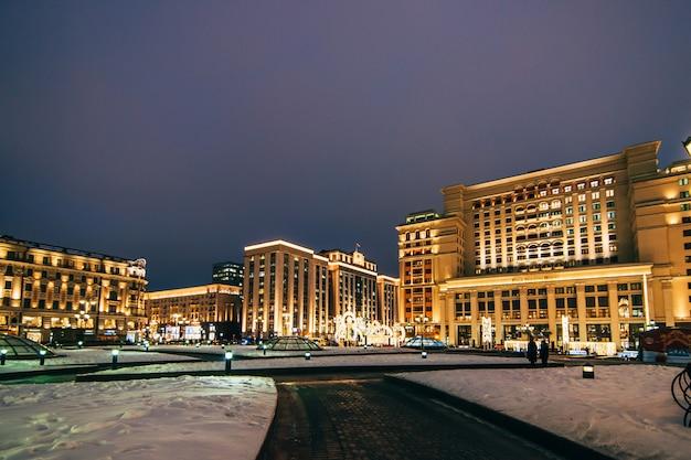Гостиница four seasons москва, вид с манежной площади