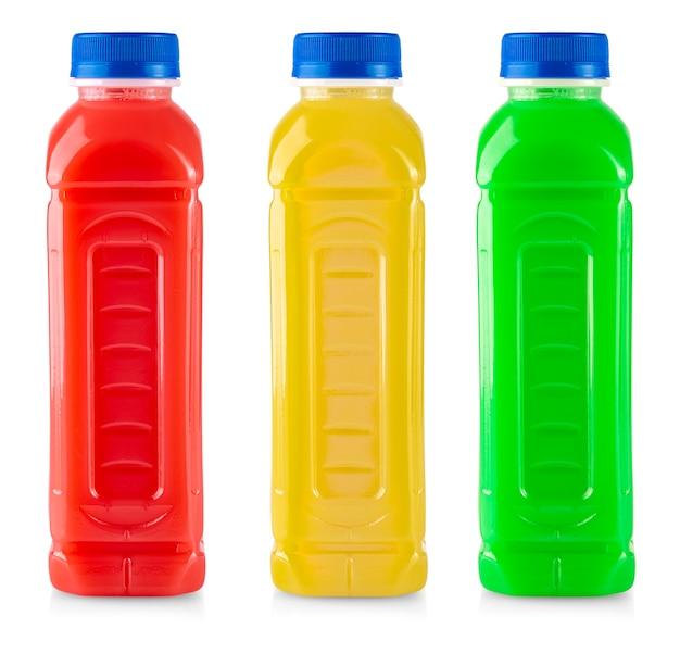 白い背景で隔離のボトルのフルーツスムージージュース