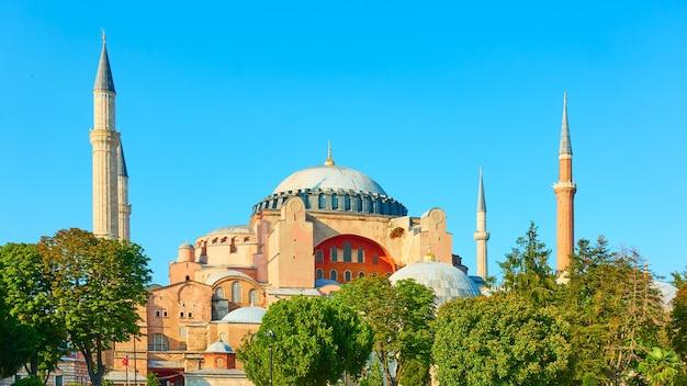 Мечеть святой софии (ая-софья) в стамбуле, турция