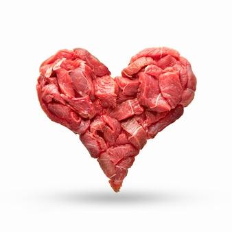 心臓は生肉から作られ、心臓の形をした分離牛肉は心臓病を象徴しています