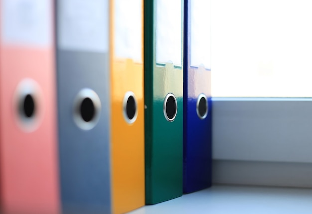 다채로운 파일 폴더의 이미지