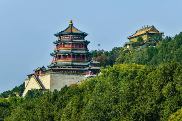 Императорский летний дворец в пекине Premium Фотографии